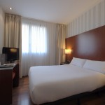 5 Tage Barcelona im 4 Sterne Hotel Zenit Conde De Borrell mit Flügen für nur 200€