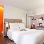 Valentinstag-Sepcial – 4 Tage Paris im 2 Sterne Libertel Canal Siant Martin Hotel für 196€
