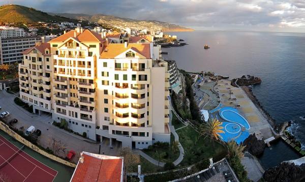 Madeira-Hotel-Duas-Torres