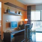 4 Tage Barcelona im 5 Sterne Hesperia Fira Suites Apartments für 185€
