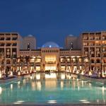 14 Tage Dubai (Ras al Khaimah) im 4 Sterne Hilton Hotel mit Frühstück, Flug und Transfer für 678€