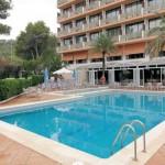 1 Woche Ibiza im Hotel Abrat inkl. Frühstück für 352€