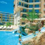 9 Tage Sonnenstrand im 4 Sterne Hotel Karolina inkl. Frühstück für 452€